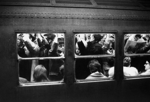 Scene-on-the-New-York-subway-1969-1